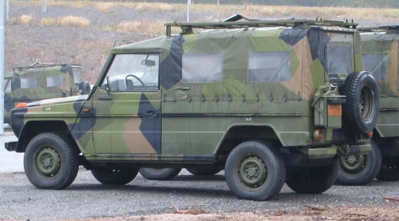 file mercedes benz gel ndewagen norwegian military. Black Bedroom Furniture Sets. Home Design Ideas