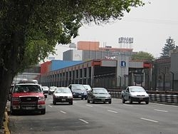 MetroSanAntonioAbad.JPG