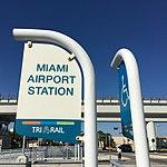 Miami Airport Station Tri-Rail signage 2016-02 (24955817749).jpg