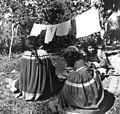 Miccosukee women and their washing (2987120336).jpg