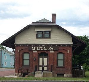 Milton, Pennsylvania - Image: Milton, PA RR