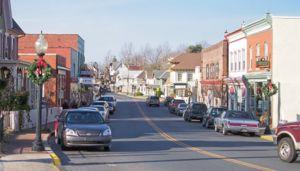 Delaware Route 5 - DE 5 in downtown Milton on Union Street
