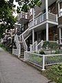 Montréal rue St-Denis 360 (8212690423).jpg