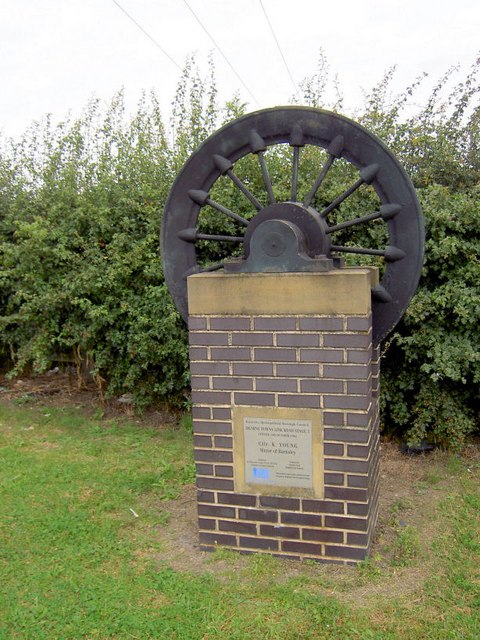 Monument to commemorate opening by Mayor of Barnsley the Dearne Valley Parkway. - geograph.org.uk - 521804