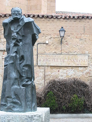 Miguel de Unamuno - Sculpture of Unamuno in Salamanca by Pablo Serrano in 1968.
