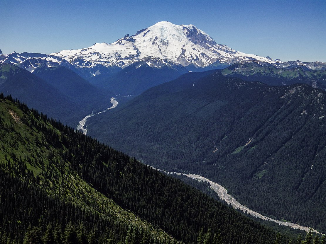 Mt Rainier 5409ed.jpg