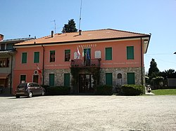 Muzzano-Municipio.jpg