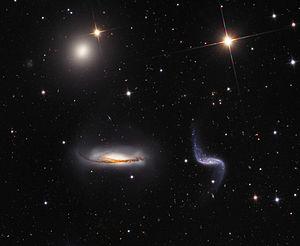 NGC 3187 (unten rechts) zusammen mit NGC 3190 (unten links) und NGC 3193 (oben links) aufgenommen mit dem 81-cm-Spiegelteleskop des Mount-Lemmon-Observatoriums