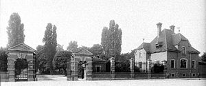 Friedenspark - The cemetery entrance in about 1900