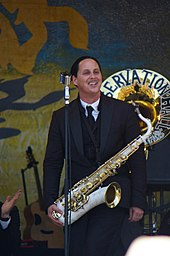 New Orleans Jazz Fest 2010 - Pres hall jazz band.jpg