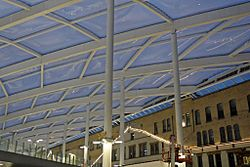 New roof, Manchester Victoria railway station (geograph 4500604).jpg
