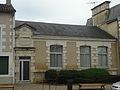 Nieuil-L'Espoir, mairie (aile école de garçons).jpg