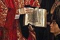 Nuno gonçalves, pannelli di san vincenzo, 1470 ca. 05 l'infante 7.jpg