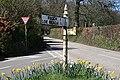 Old Signpost - geograph.org.uk - 149004.jpg