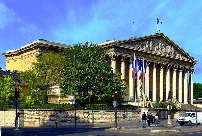 P1020446 Paris VII Palais Bourbon rwk.JPG