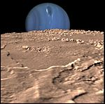 PIA00344 Neptune on Triton's Horizon.jpg