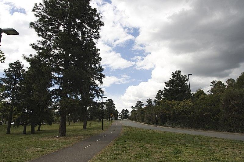 File:Parkes ACT 2600, Australia - panoramio (86).jpg