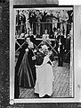 Paus geeft zijn zegen aan de deelnemers van de Olympische Spelen, Bestanddeelnr 911-5266.jpg
