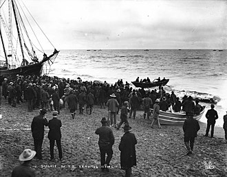"""William Ogilvie (surveyor) - """"Governor"""" Ogilvie of Y.T. departing the beach at Nome"""