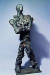 Peter Marggraf. Figur, die Arme vor der Brust gekreuzt 2014 · Bronze auf Stahl · Höhe 73 cm.jpg