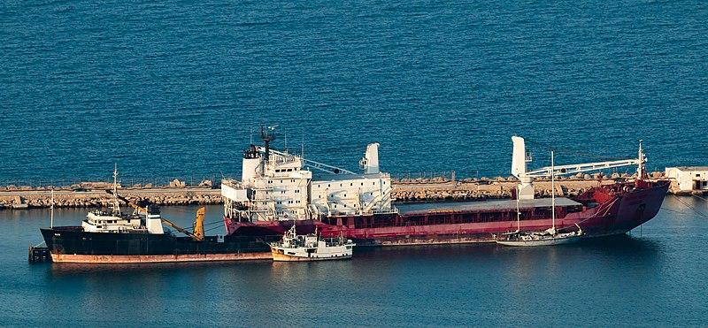 ספינות בנמל חיפה