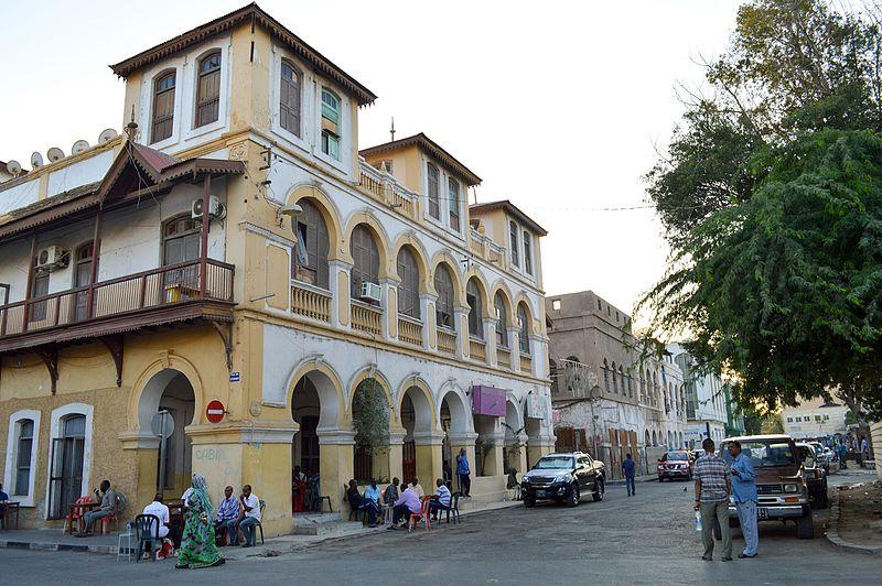 File:Place Menelik in Djibouti city (25058480721).jpg