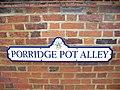 Porridge Pot Alley - geograph.org.uk - 771598.jpg