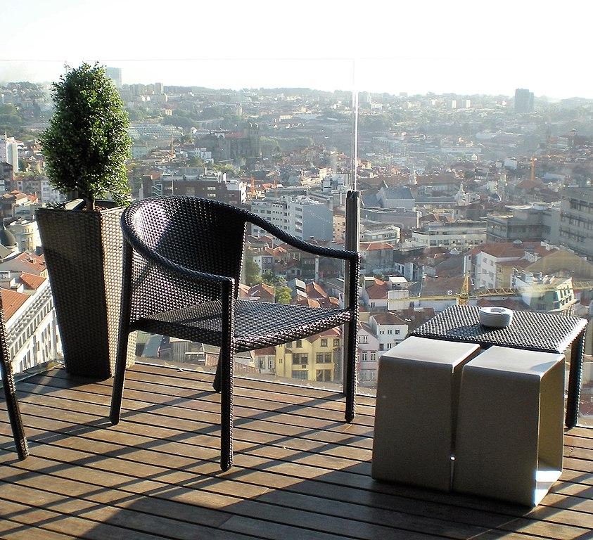 Melhor bairro para se hospedar em Porto portugal