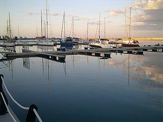 Mangalia - Image: Portul Turistic Mangalia 1
