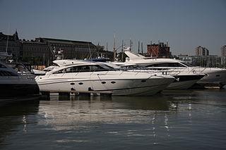 Powerboating water-based motor sports
