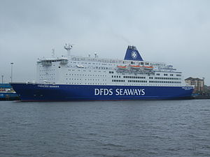 MS Princess Seaways - Image: Princess Seaways, River Tyne, 17 September 2014 (1)