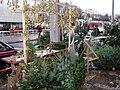 Prodej vánočních stromků a jmelí na Flóře.jpg