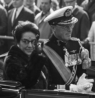 Queen Ratna of Nepal - Queen Ratna in Netherlands on 25 April 1967 with Prince Bernhard.