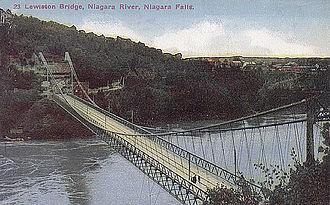 Lewiston–Queenston Bridge - The Queenston-Lewiston suspension bridge, 1915.