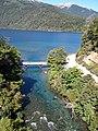 Río y Lago Correntoso.jpg