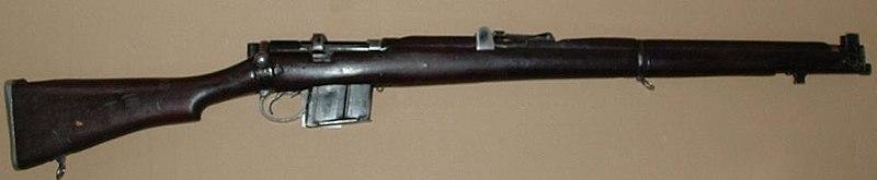 Il faut savoir craquer parfois... Jungle Carbine ! 800px-RFI_Rifle_7.62mm_2A1