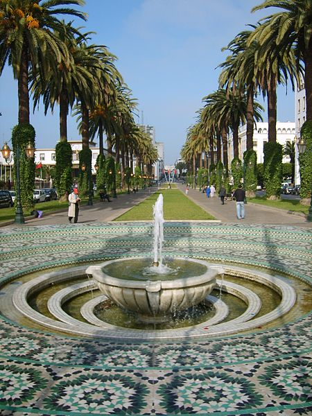 Avenue Mohammed V à Rabat, Maroc, Davide Cesare Veniani, Wikimedia Commons