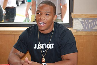 Ray Rice - Rice signing autographs in 2009