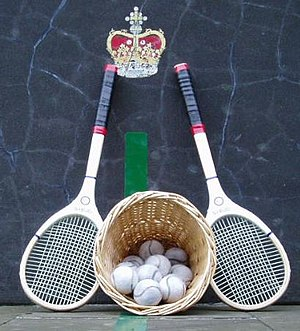 History of tennis - Real tennis racquets and balls. Cahusac at the Falkland Palace Royal Tennis Club.