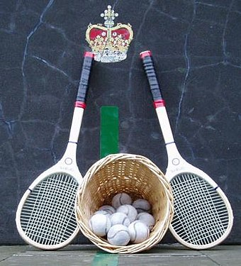 Real tennis racquets and balls. Cahusac at the Falkland Palace Royal Tennis Club. Real-tennis-rackets-balls.jpg