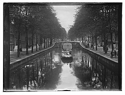 Reguliersgracht tussen Keizersgracht en Herengracht Jacob Olie (max res).jpg