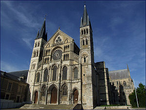 1040s in architecture - Image: Reims Basilique St Remi 01
