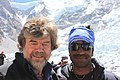 Reinhold Messner with crown of himalya.jpg