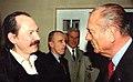 René Le Honzec félicité par Jacques Chirac en 2002.jpg