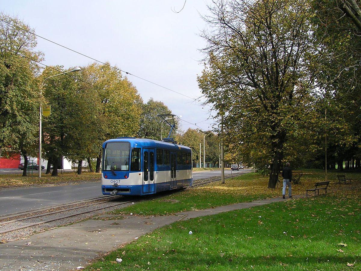 trams in osijek