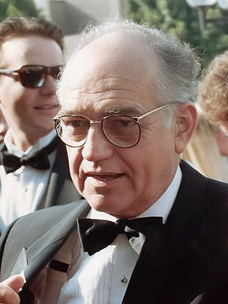 Richard Dysart - Dysart in 1988