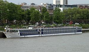 River Discovery II (ship, 2012) 003.JPG
