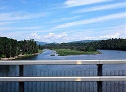 Riviere Cascapedia, route 132.jpg