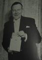 Robert Harbin magician.png