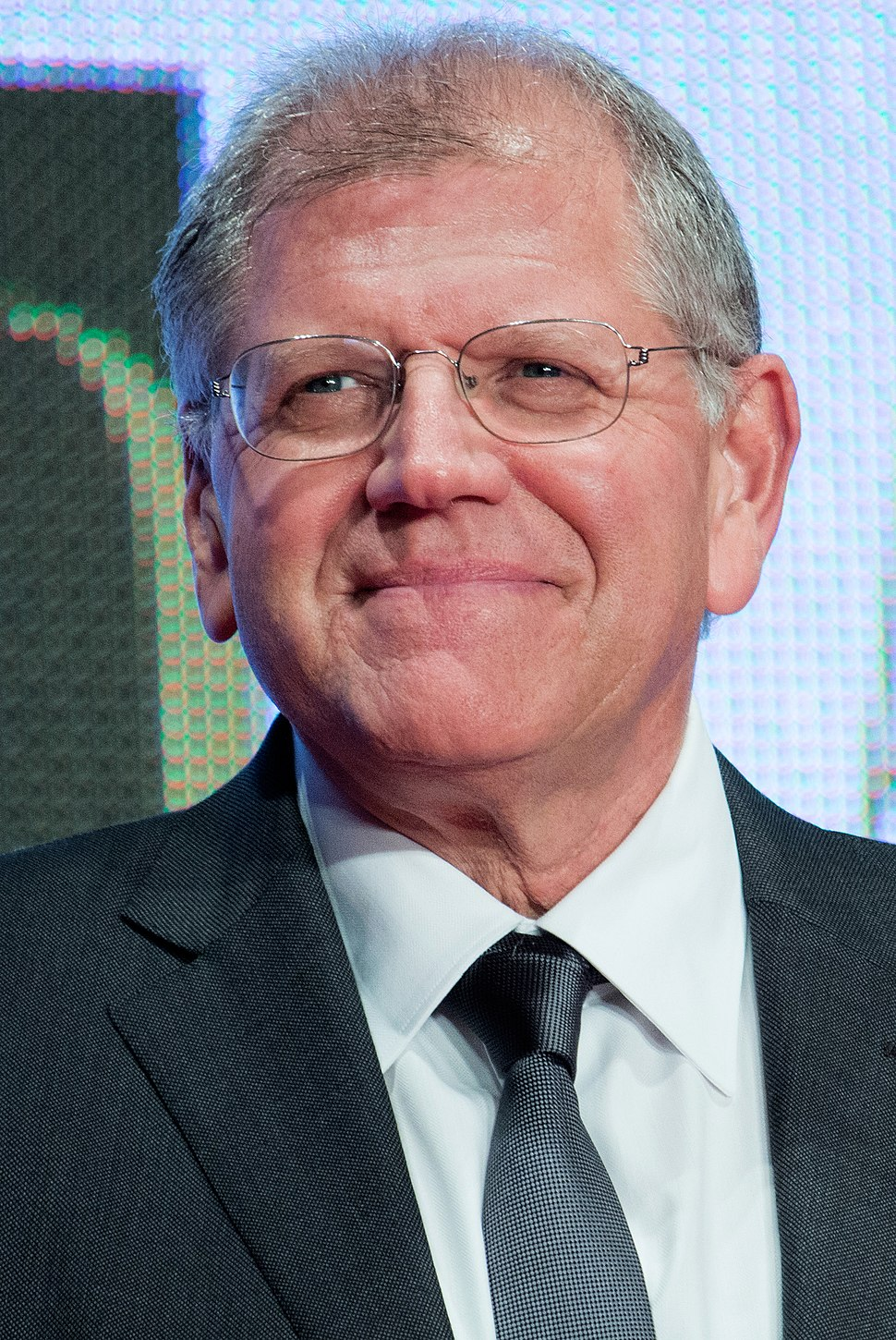 "Robert Zemeckis ""The Walk"" at Opening Ceremony of the 28th Tokyo International Film Festival (21835891403) (cropped)"
